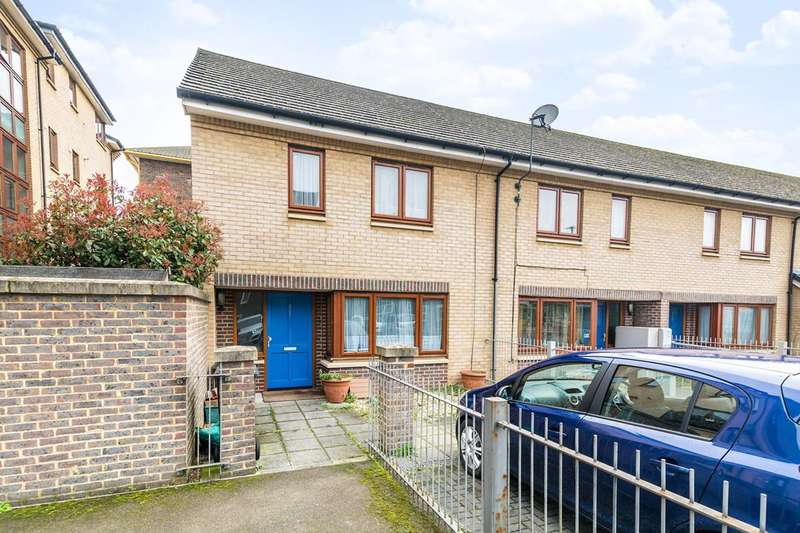 3 Bedrooms House for sale in Summerwood Road, Isleworth, TW7