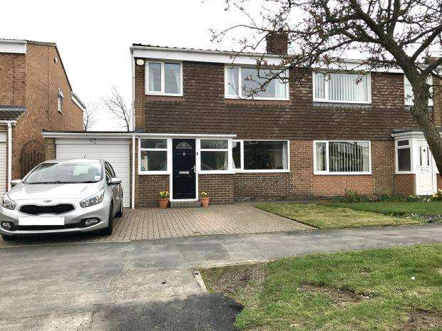3 Bedrooms Semi Detached House for sale in THORNDALE ROAD, BELMONT, DURHAM CITY