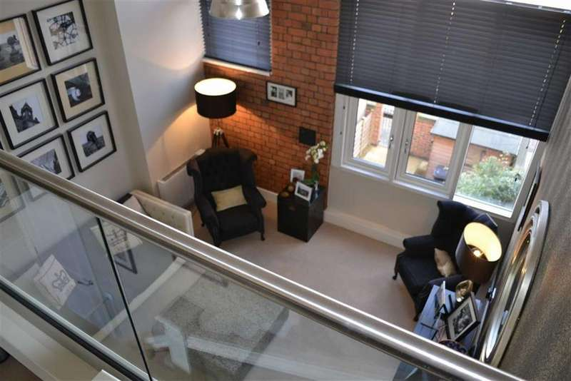 2 Bedrooms Town House for sale in Wheatsheaf Way, Leicester