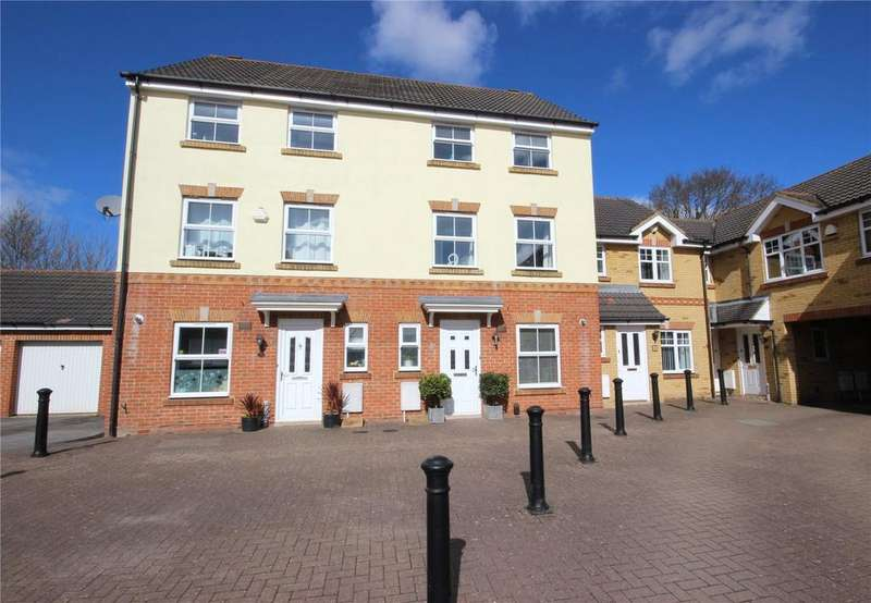 3 Bedrooms Terraced House for sale in Crystal Way, Bradley Stoke, Bristol, BS32