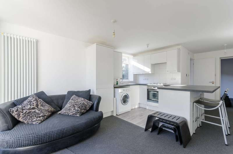 1 Bedroom Flat for sale in Vicarage Road, Leyton, E10