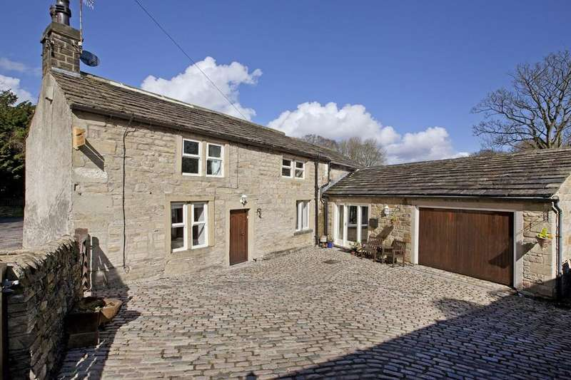 4 Bedrooms Detached House for sale in St Stephens Road, Steeton