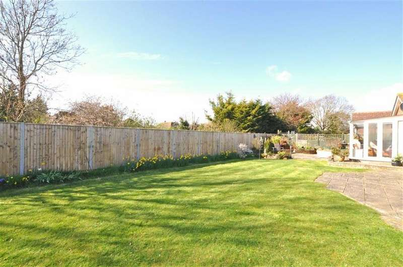 2 Bedrooms Detached Bungalow for sale in Hailsham