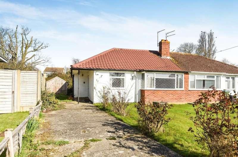 3 Bedrooms Bungalow for sale in Elizabeth Avenue, Rose Green, Bognor Regis, PO21
