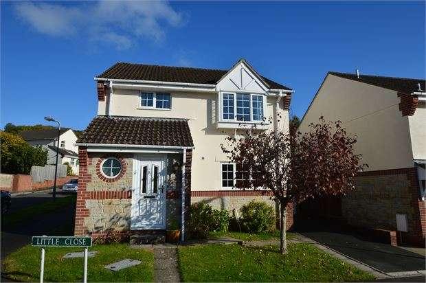 4 Bedrooms Detached House for sale in Little Close, Kingsteignton, Newton Abbot, Devon. TQ12 3YZ