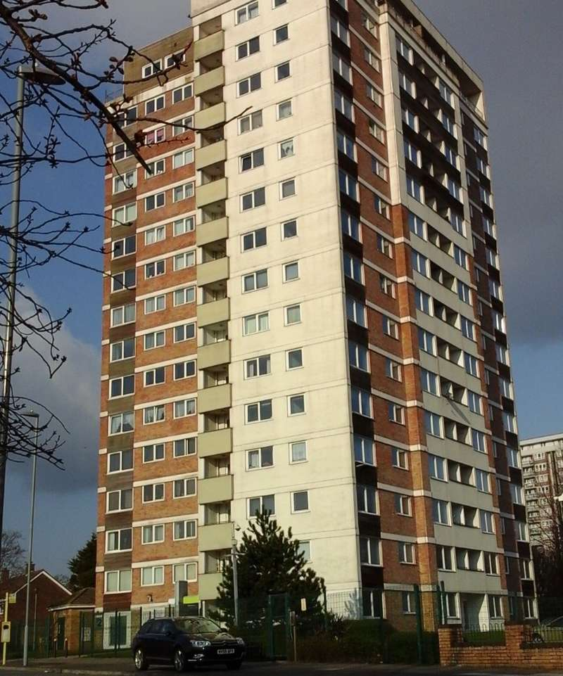 3 Bedrooms Flat for sale in Beech Rise, Roughwood Drive, Liverpool, Merseyside, L33 8WY