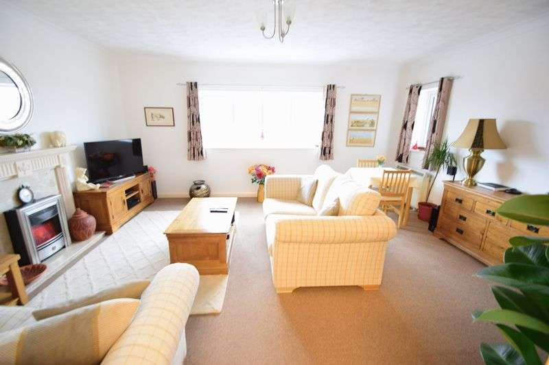 1 Bedroom Flat for sale in Victoria Road, Mablethorpe