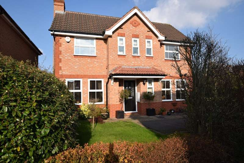 3 Bedrooms Detached House for sale in Bradmore Close, Solihull