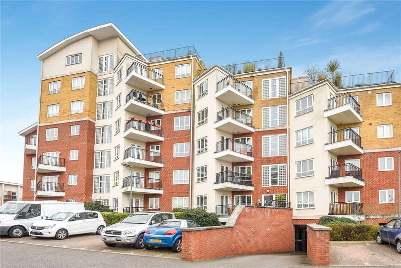 2 Bedrooms Apartment Flat for sale in Rockwell Court, The Gateway, Watford, WD18