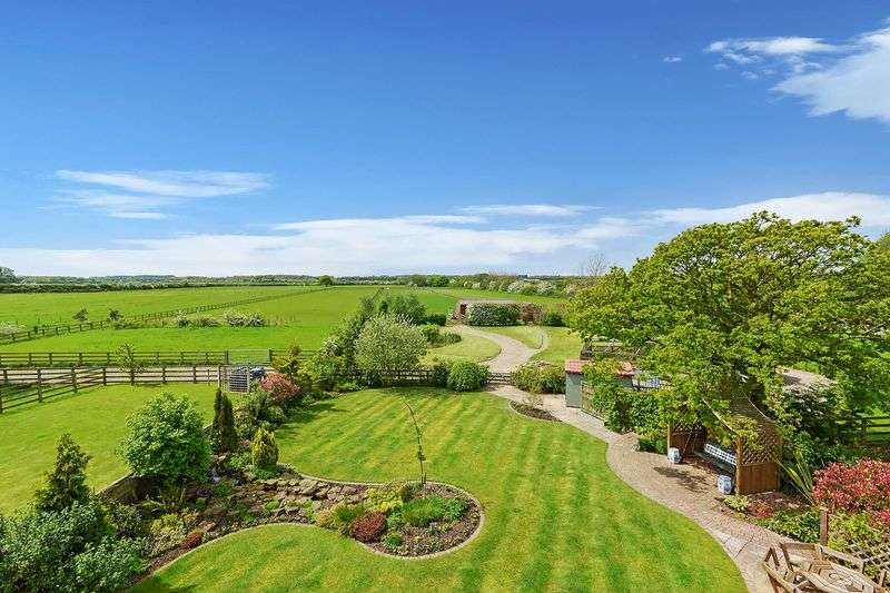 6 Bedrooms Detached House for sale in The Firs Bradley Lane Rufforth York North Yorkshire YO23 3QJ