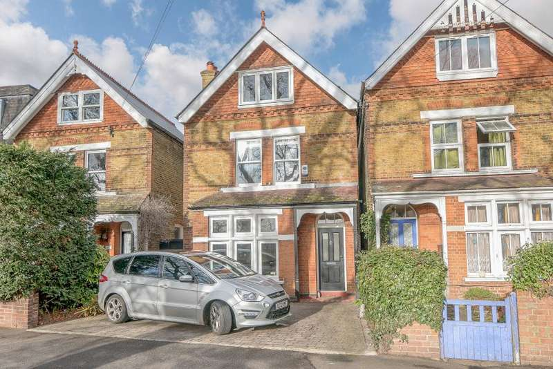 4 Bedrooms Detached House for sale in Fairfield Road, Kingston upon Thames KT1