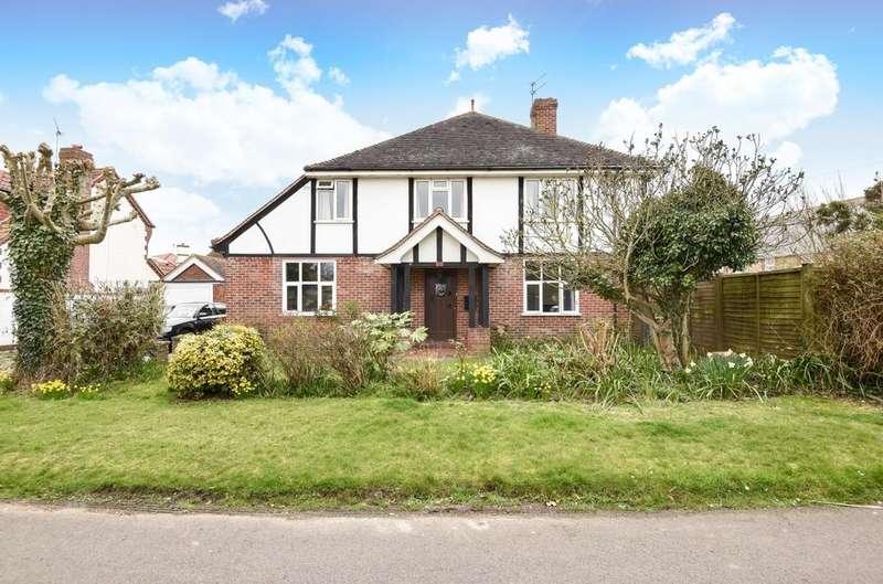 4 Bedrooms Detached House for sale in Crossbush Road, Felpham, Bognor Regis, PO22