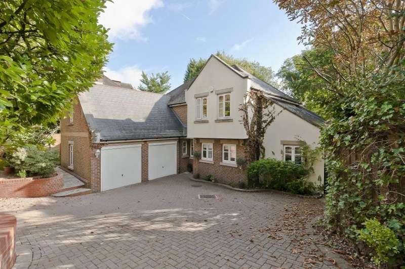 5 Bedrooms Detached House for sale in Hanger Hill, Weybridge, KT13