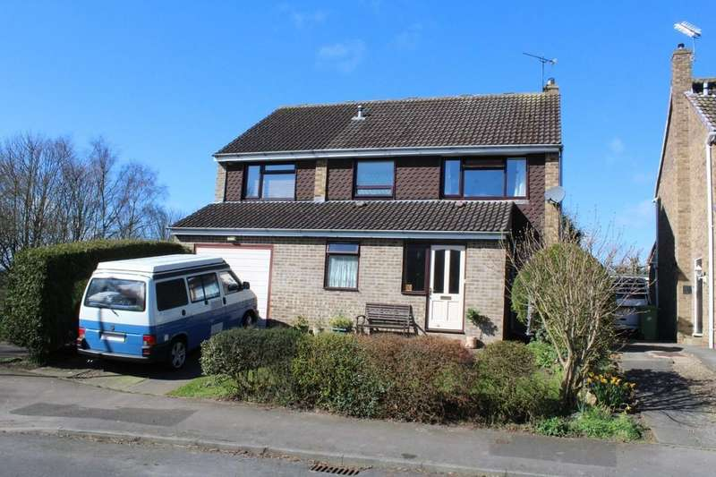 4 Bedrooms Detached House for sale in Hadleigh Close, Sedgefield