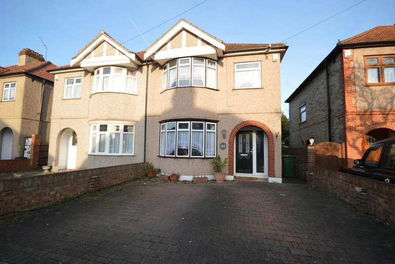 3 Bedrooms Semi Detached House for sale in Warriner Avenue, Hornchurch, Essex, RM12