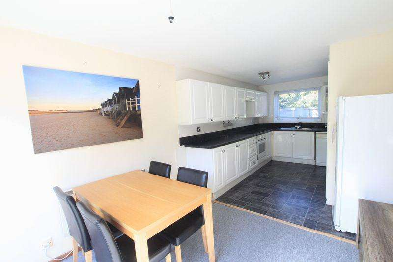3 Bedrooms Town House for sale in Menai Bridge, Anglesey