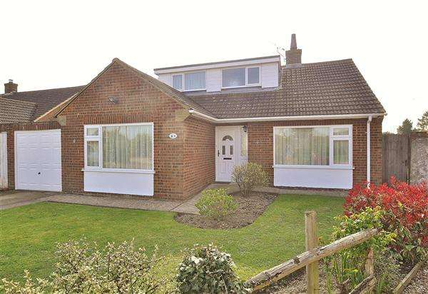 3 Bedrooms Bungalow for sale in Ashford, TN25
