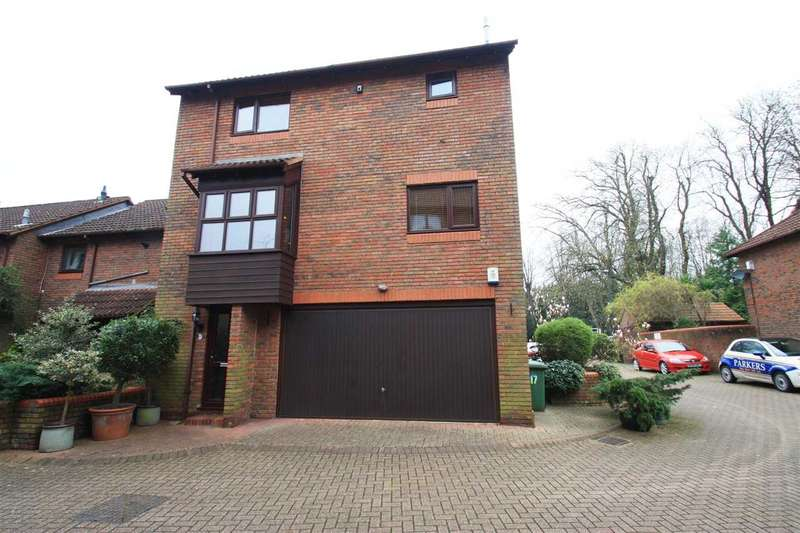 3 Bedrooms Semi Detached House for sale in All Saints Mews, HARROW
