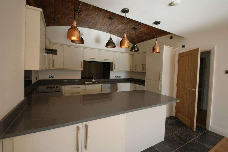 1 Bedroom Flat for sale in Waterloo Road, Liverpool