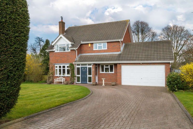 4 Bedrooms Detached House for sale in Dingle Lane, Sandbach