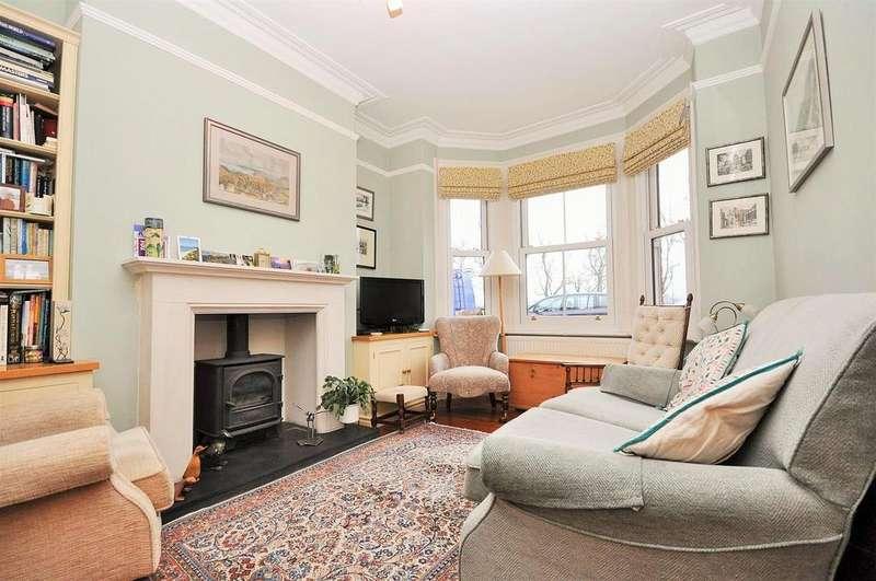 3 Bedrooms Terraced House for sale in Knavesmire Crescent, York