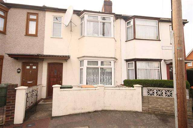 3 Bedrooms Terraced House for sale in Throckmorton Road, Custom House