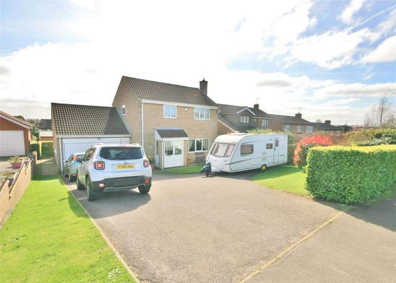 4 Bedrooms Detached House for sale in Barrowby Gate, Grantham, NG31
