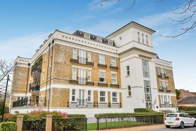 3 Bedrooms Flat for sale in St. Martins Lane Beckenham BR3