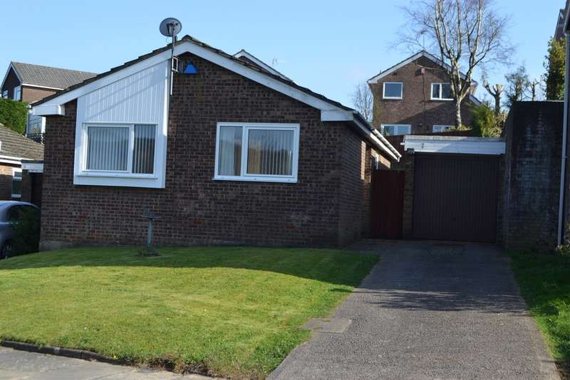 2 Bedrooms Detached Bungalow for sale in Cefn Coch, Radyr, Cardiff