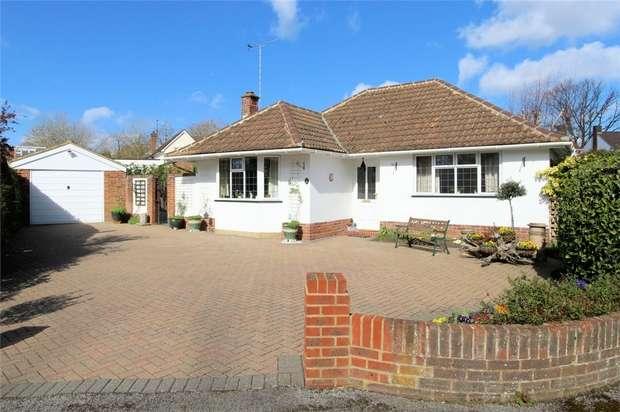 3 Bedrooms Detached Bungalow for sale in Woking, Surrey