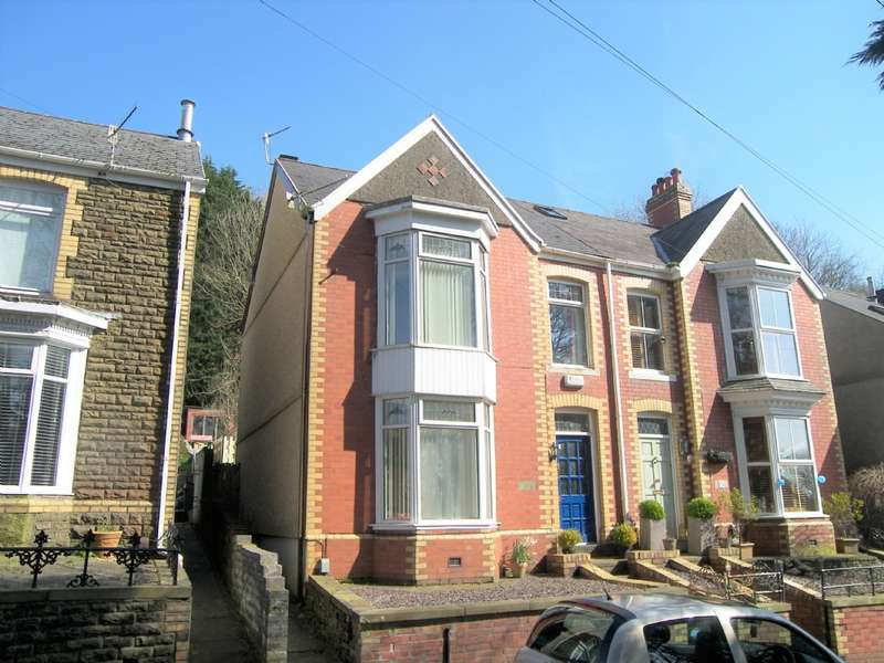 3 Bedrooms Semi Detached House for sale in The Highlands, Neath Abbey, Neath
