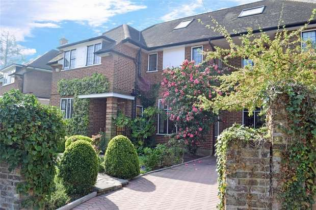 6 Bedrooms Detached House for sale in Ailsa Road, St Margarets, Twickenham