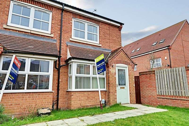 2 Bedrooms Terraced House for sale in Markeaton Park, Kingswood