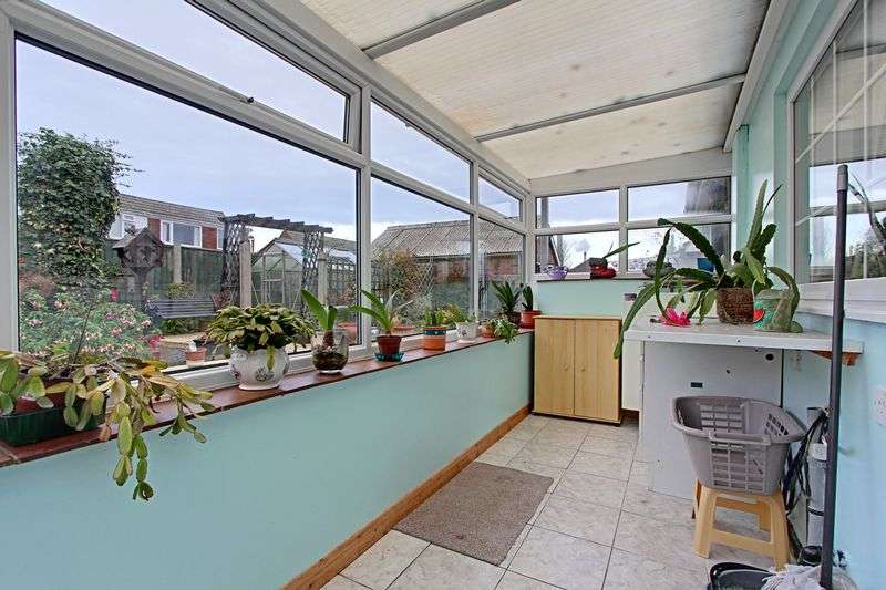 3 Bedrooms Detached Bungalow for sale in Church Lane, North Killingholme