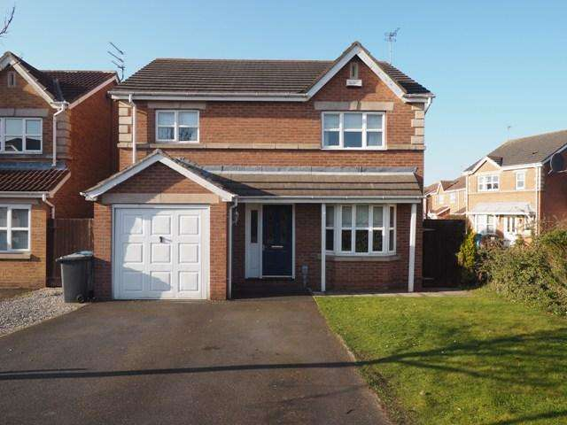 4 Bedrooms Detached House for sale in Raleigh Drive, Victoria Dock, Hull, HU9 1UN