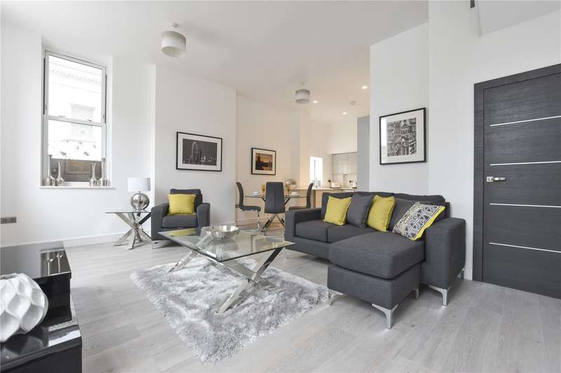 2 Bedrooms Flat for sale in 5 Huntley Close, London, SE10