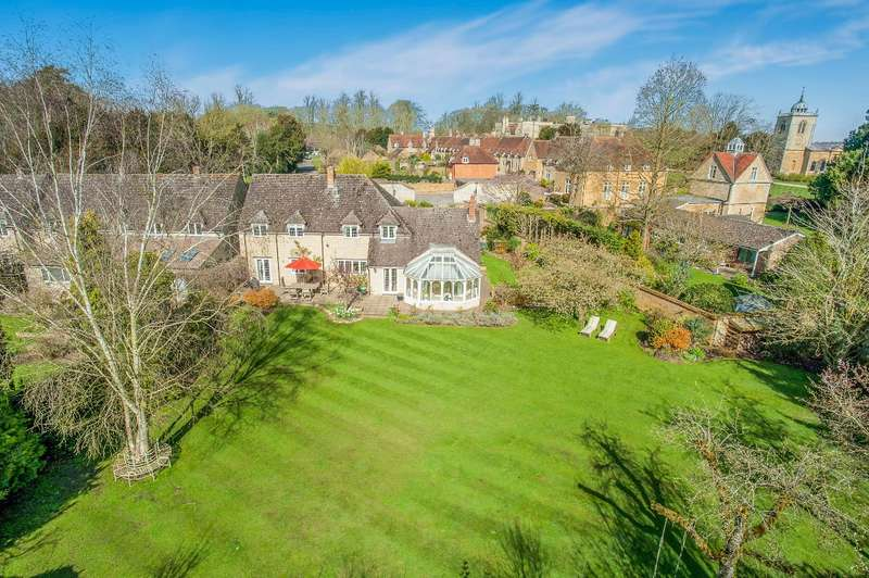 5 Bedrooms Detached House for sale in THE GARDEN HOUSE, GAYHURST.