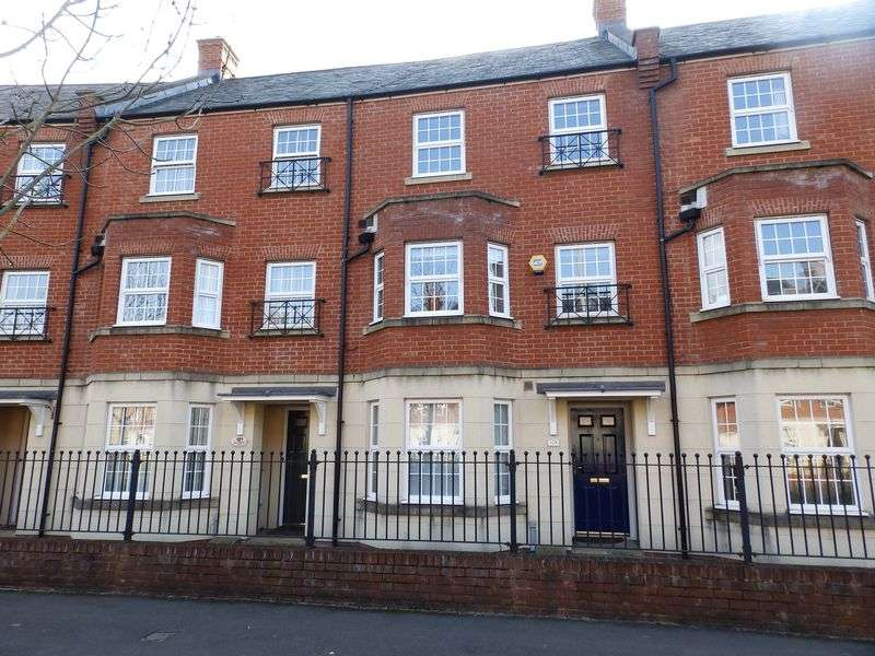 3 Bedrooms Terraced House for sale in Queen Elizabeth Drive, Taw Hill