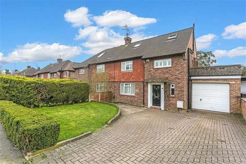 4 Bedrooms Semi Detached House for sale in Central Way, Oxted, Surrey