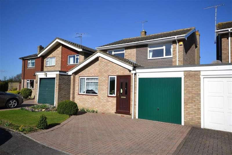 4 Bedrooms Link Detached House for sale in Meadow View, Bicknacre