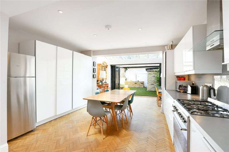 4 Bedrooms End Of Terrace House for sale in Peterborough Road, Parsons Green, Fulham, SW6