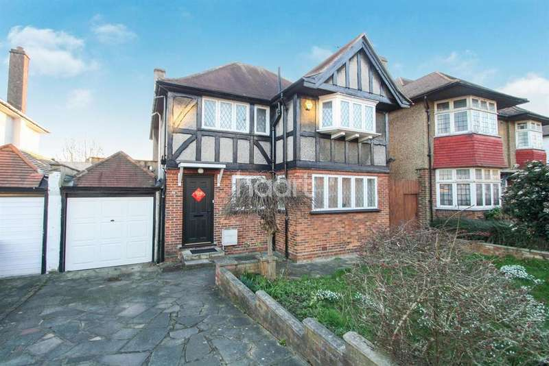 4 Bedrooms Detached House for sale in Barn Way, Wembley Park
