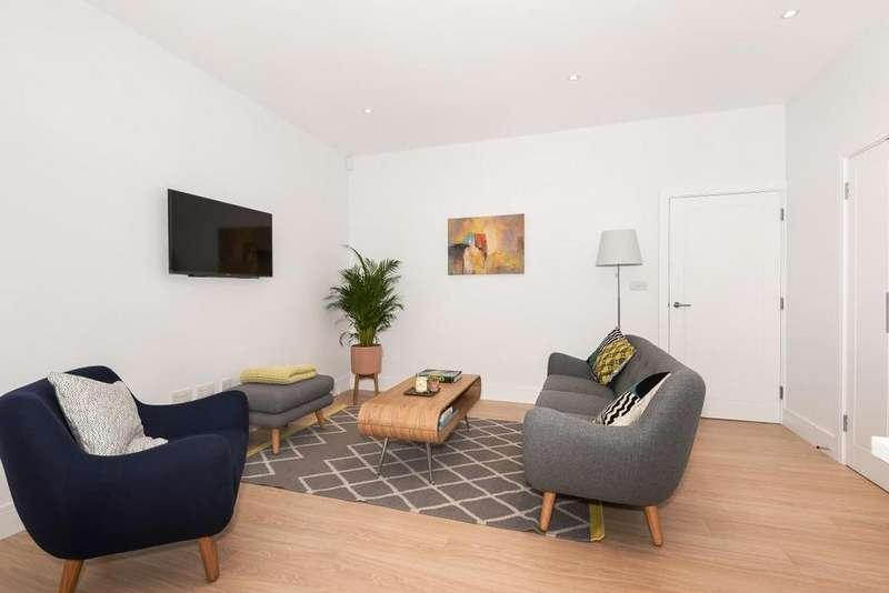 2 Bedrooms Flat for sale in Renfrew Road, Kennington, SE11