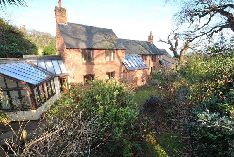 4 Bedrooms Detached House for sale in Priory Green, Dunster