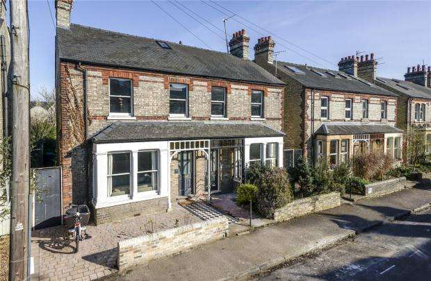 4 Bedrooms Semi Detached House for sale in Kimberley Road, Cambridge