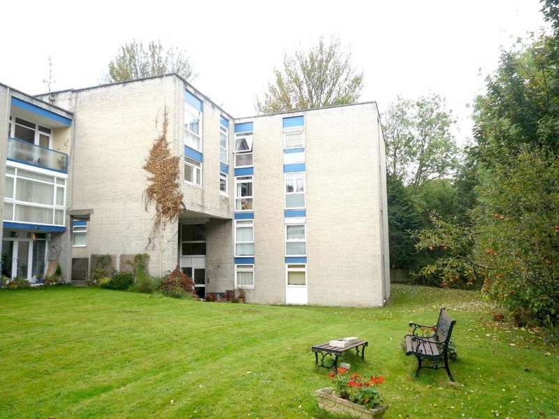 2 Bedrooms Flat for sale in Cogan Pill Road, Llandough, Penarth