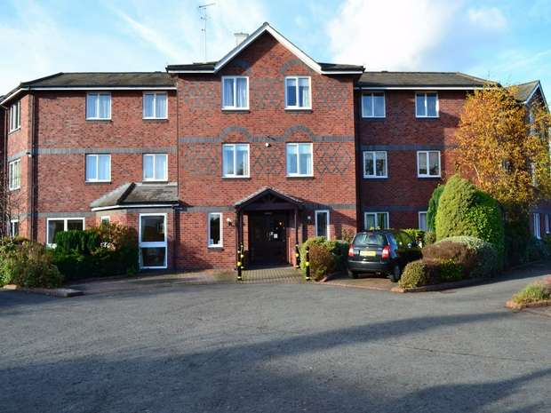 1 Bedroom Retirement Property for sale in Hamilton Court, Hinderton Road, Neston, Cheshire
