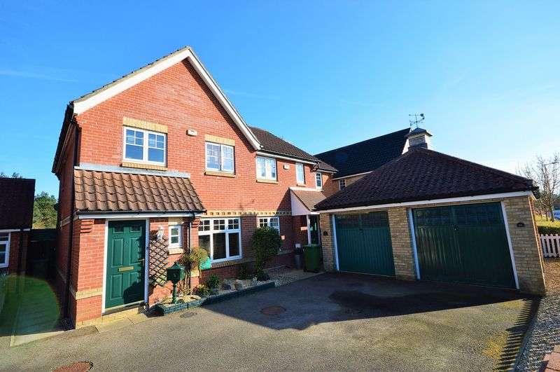 3 Bedrooms Semi Detached House for sale in Longdale, Drayton