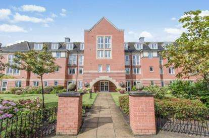 2 Bedrooms Flat for sale in Hillary Court, Freshfield Road, Formby, Liverpool, L37