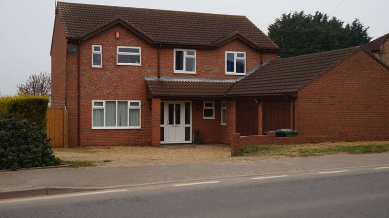 4 Bedrooms House for sale in Coates Road, Eastrea, PE7